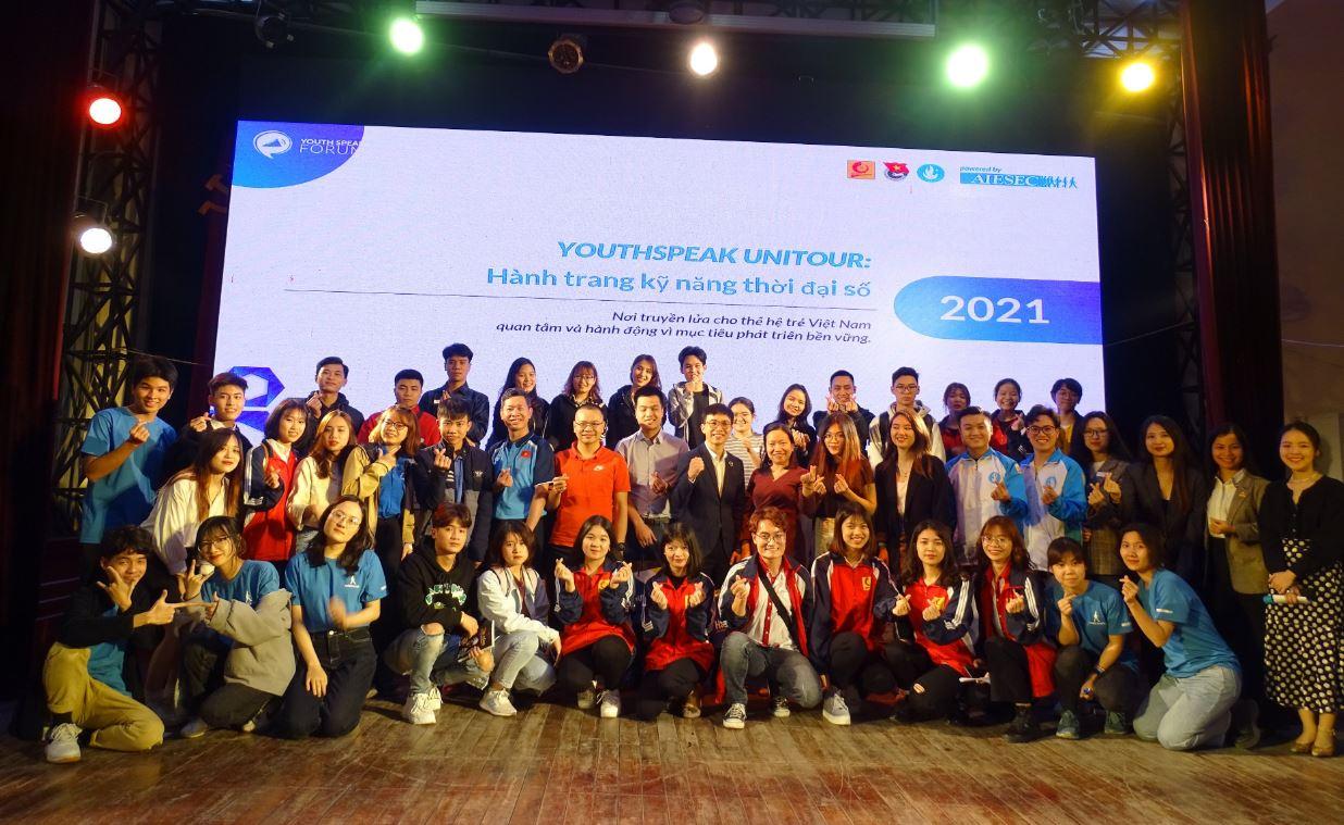`YouthSpeak Unitour - Hành trang kỹ năng thời đại số`