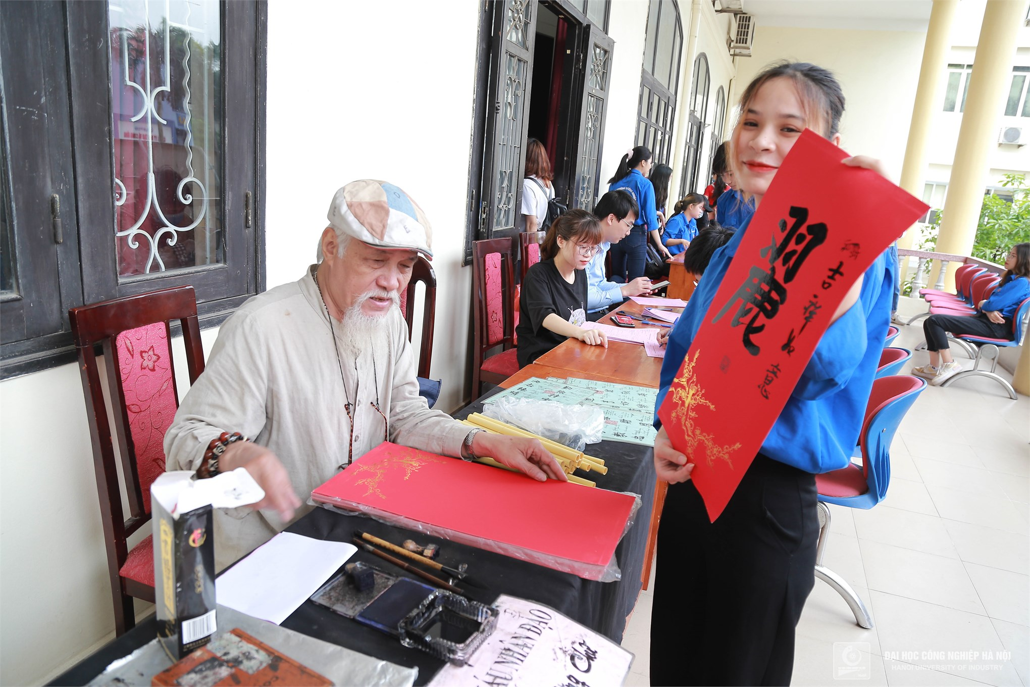 Tuổi trẻ Trường Đại học Công nghiệp Hà Nội hiến tặng 1439 đơn vị máu tại Ngày hội Cầu vồng nhân ái 2021