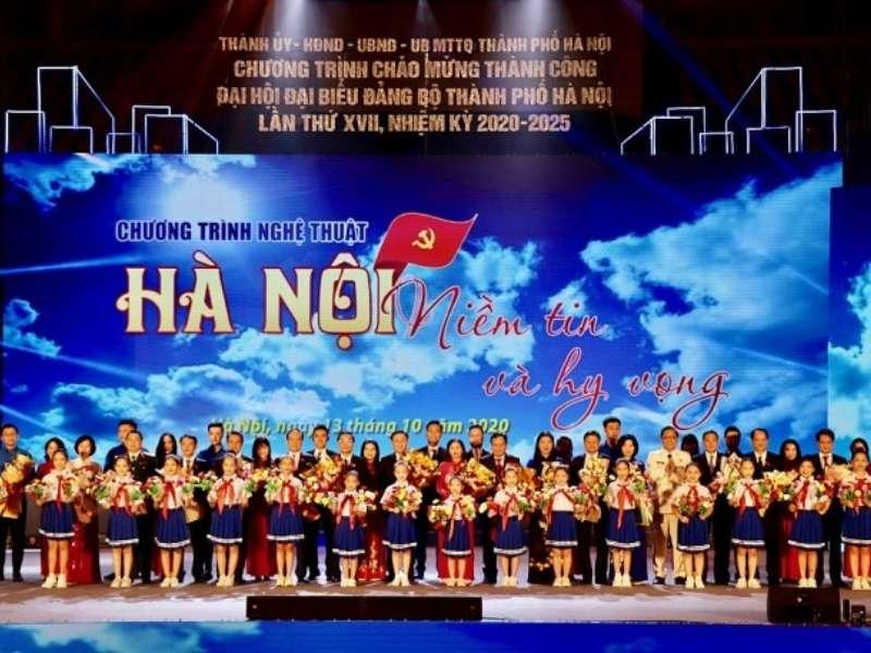 ĐVTN nhà trường biểu diễn tại Chương trình Chào mừng thành công Đại hội Đảng bộ Thành phố Hà Nội lần thứ XVII, nhiệm kỳ 2020 - 2025